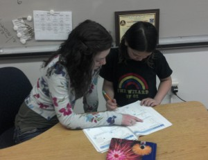 Mentor:Senior mentors younger students during school