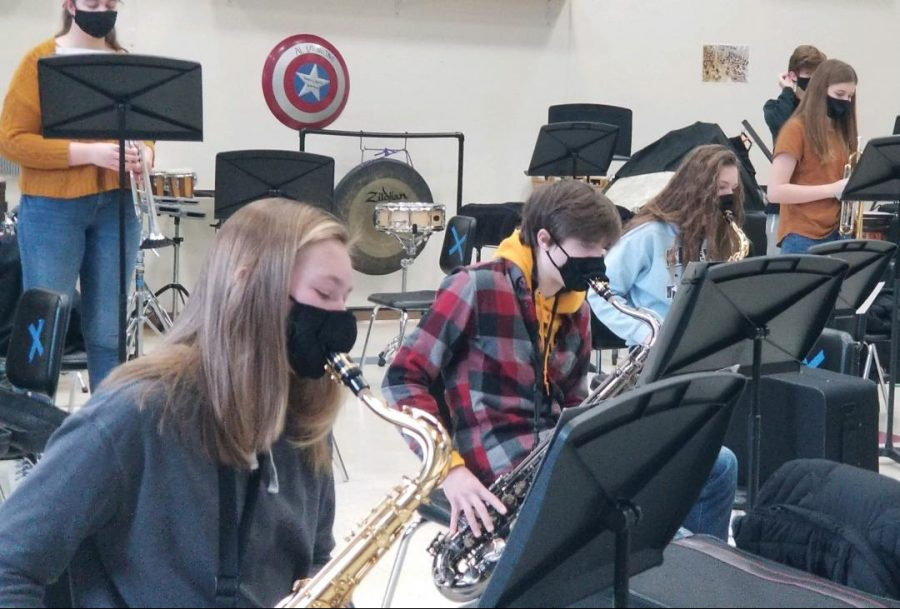 The Albert Lea Jazz Band practices Monday and Thursday mornings. The saxophonists were lined up and as they rehearsed some of their music.